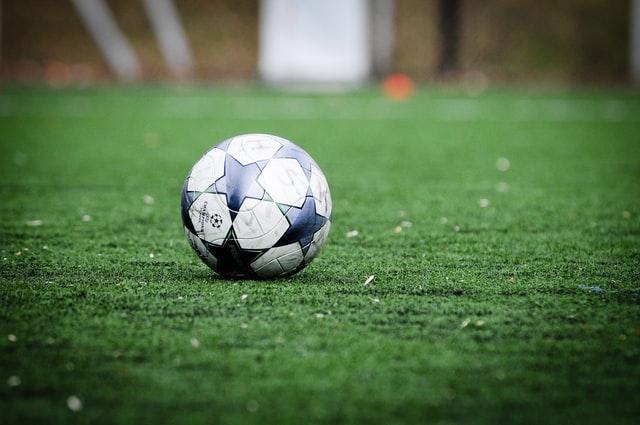ballon foot chaine l'équipe