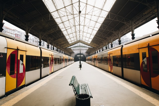 trains gare