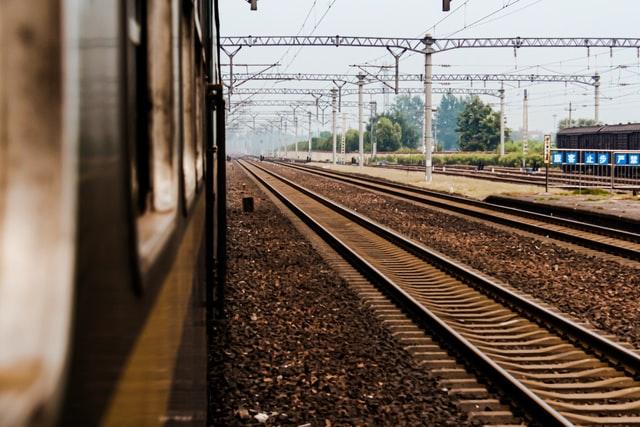 rails gare ouigo
