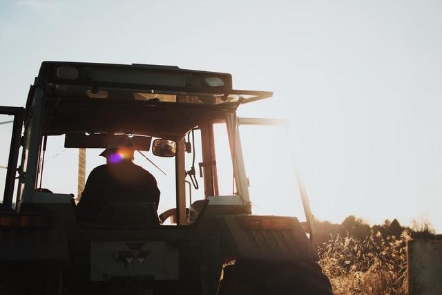 tracteur rencontre-agriculteur
