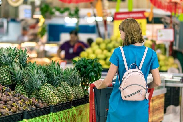 rayon fruits magasin